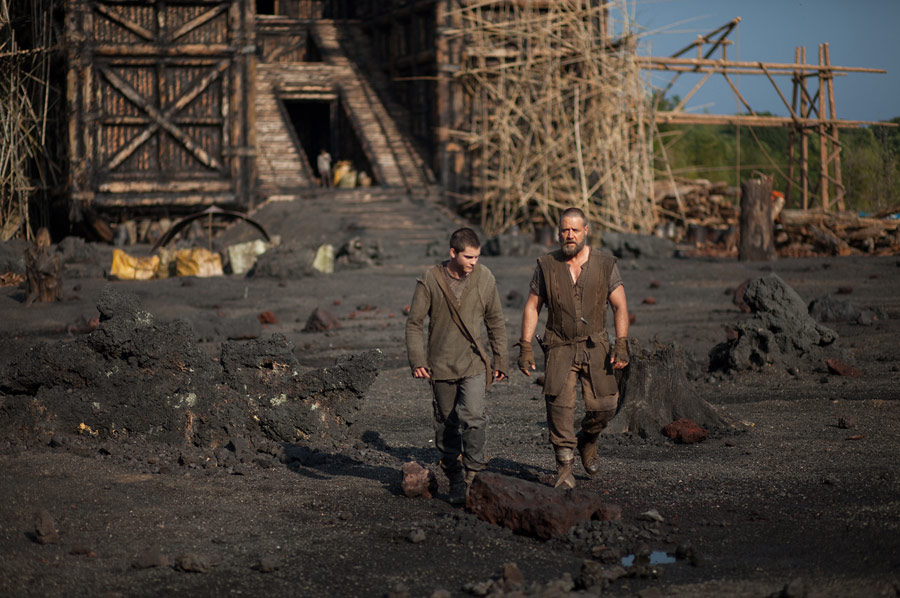 Film Review Noah 2014 Eddie S Take Jordan And Eddie The Movie Guys