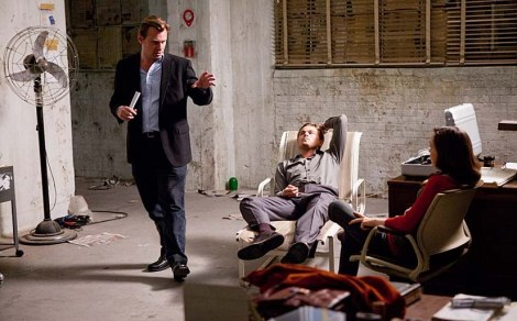 Nolan on set of Inception with his stars Leonardo Di Caprio and Ellen Page