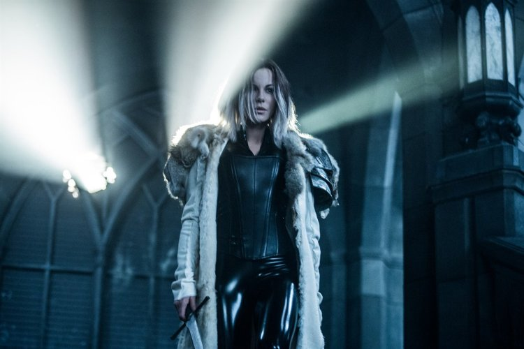 underworld-blood-wars-selene
