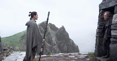 star wars the last jedi rey and luke